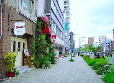 higashi01.jpg