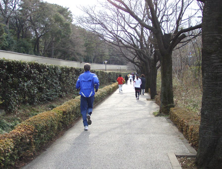 koukyo_run04.jpg